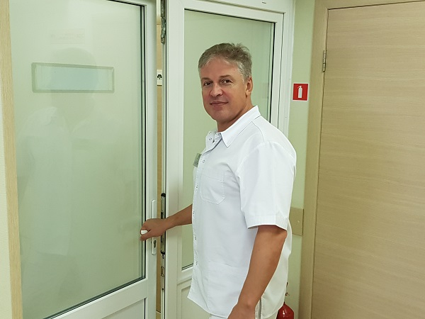 Заведующий клиникой флебологии «СЦИФ» Антипов А.А.